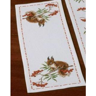 Tafelloper Eekhoorntje borduurpakket - Permin